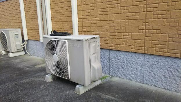 東広島で引っ越しの為エアコン回収