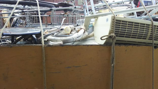 大晦日、エアコン無料回収、不用品回収