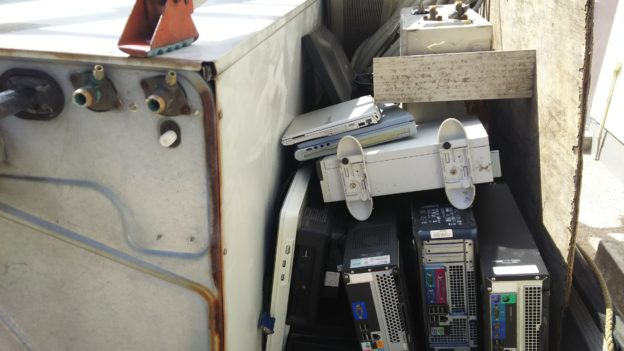 エアコン、不用品無料回収