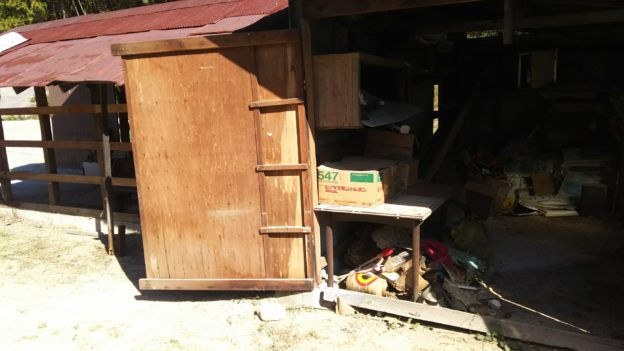 解体倉庫の不用品回収