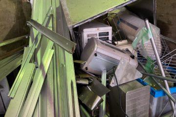 呉市解体民家のエアコン、不用品回収